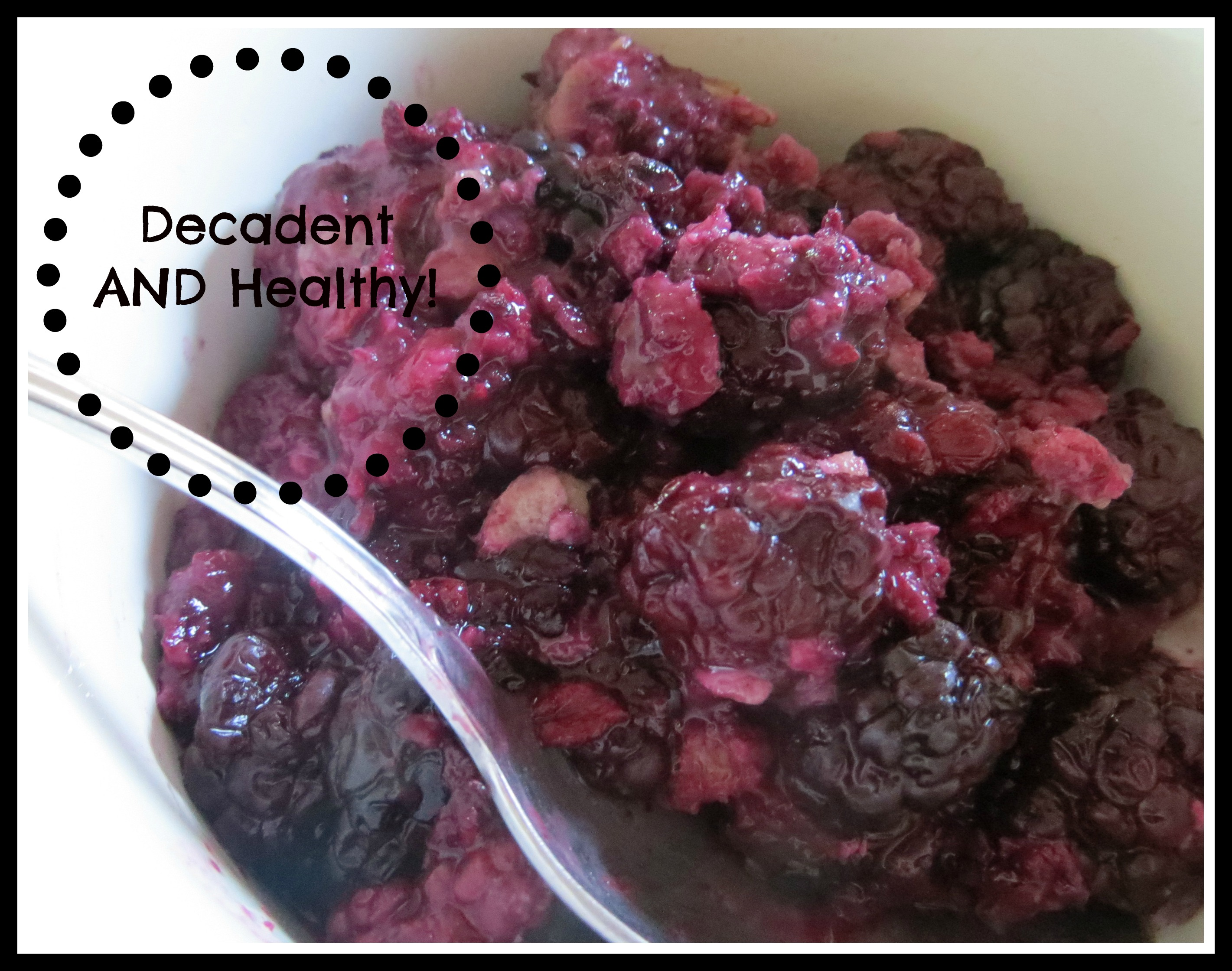 Want to enjoy a decadent (but healthy) treat?  Blackberry Bake!