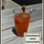 Super Refreshing Strawberry Mint Lemonade