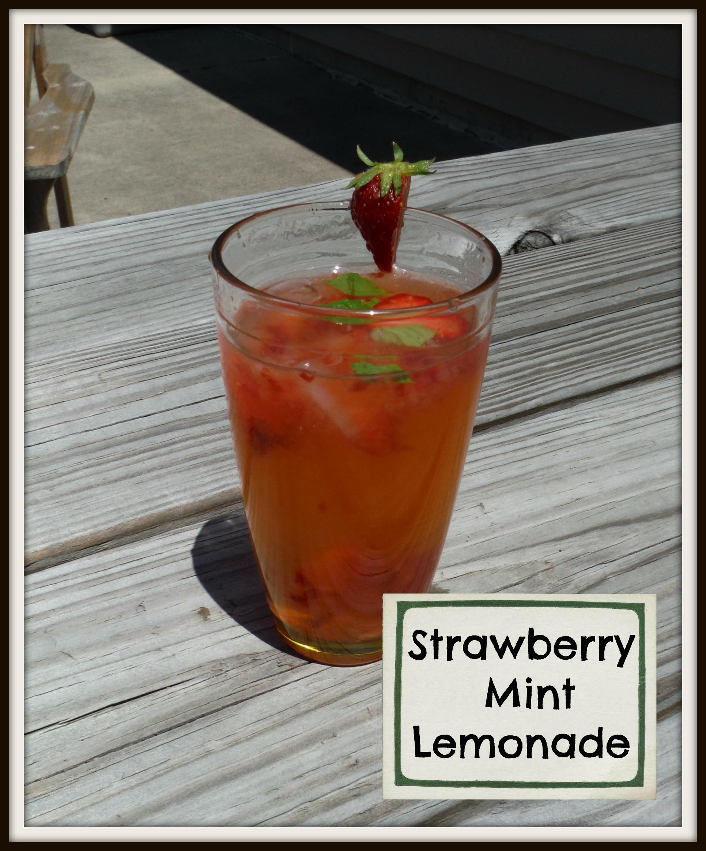 Super Refreshing Strawberry Mint Lemonade
