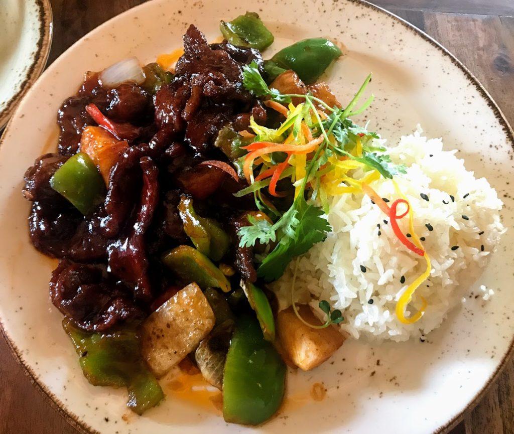 Disney onsite - Yak and Yeti food
