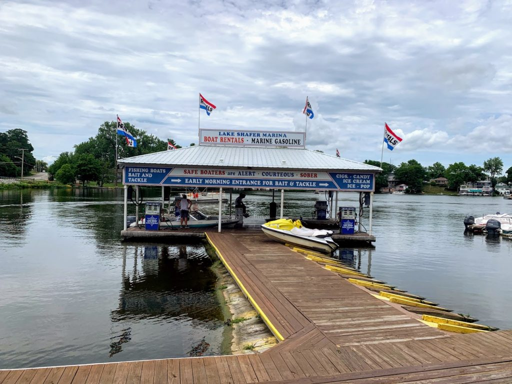 Use a local marina to rent a boat for the day at the lake